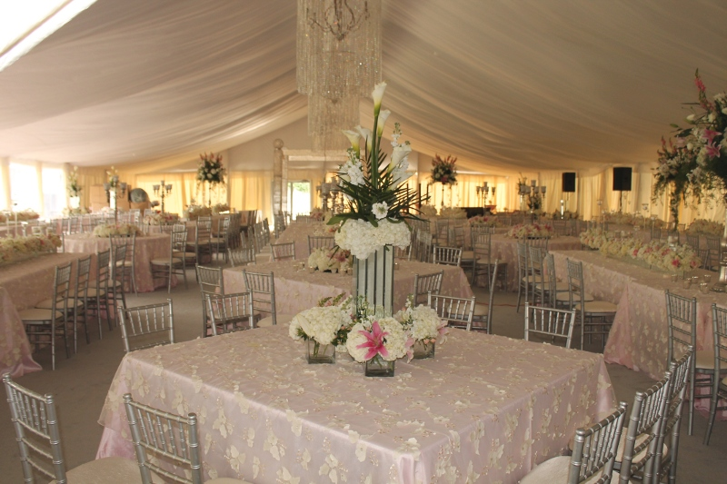 clear span structure with elegant linens and liner