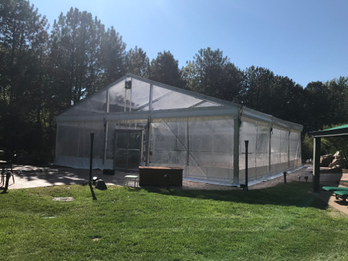Side view of clear span tent