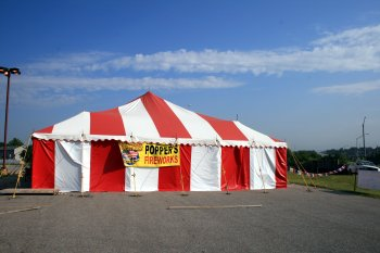 image of 40 X 60 red and white firework tent rental Lincoln, Nebr